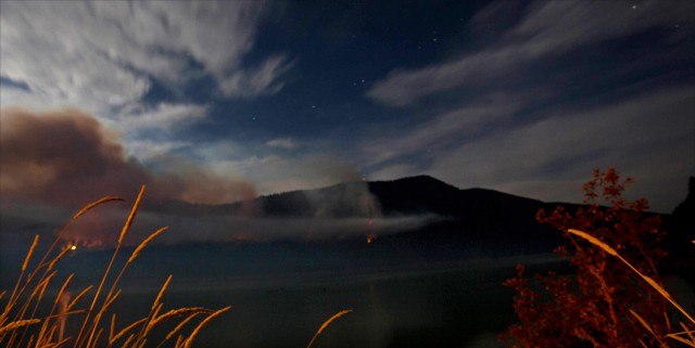 Travel writer/photographer Amanda Castleman captured this view of the Alder Lake Fire.